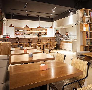 MARTINA - COMIDA & CAFé Restaurant - and Peruvian Food CAFé - SANDWICH Y ENSALADAS - SAN ISIDRO - MESA 24/7 Guide | LIMA - Peru