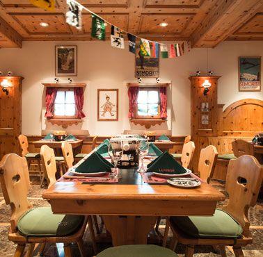 LA FONDUE SWISSOTEL Restaurante - Reserva en restaurantes de Comida DE AUTOR - SAN ISIDRO - MESA 24/7 | LIMA - Perú