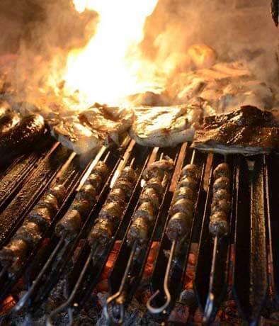 LA CARRETA Restaurante - Comida CARNES Y PARRILLAS - SAN ISIDRO - MESA 24/7 | Perú