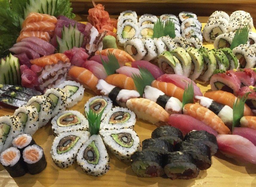 Makoto miraflores restaurante reserva en restaurantes de for Mesa japonesa tradicional