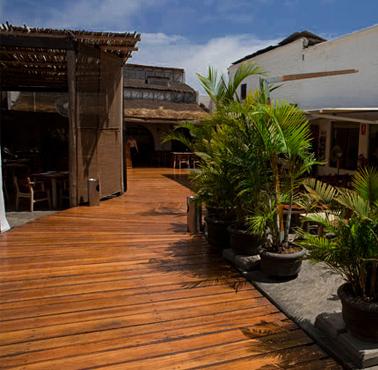 PESCADOS CAPITALES - MIRAFLORES Restaurant - and Peruvian Food PESCADOS Y MARISCOS - MIRAFLORES - MESA 24/7 Guide | LIMA - Peru