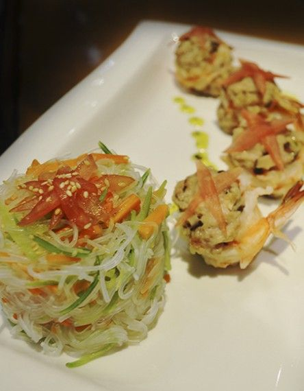 Makoto miraflores restaurante comida japonesa for Mesa japonesa tradicional