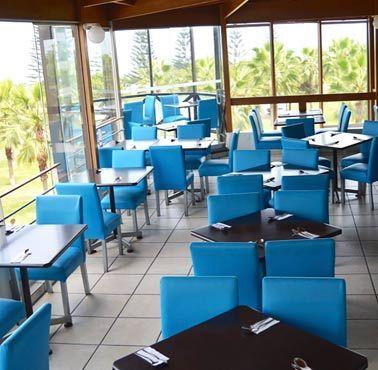 El mercado restaurante comida pescados y mariscos for Comida francesa en lima